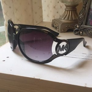 Michael Kors Charm Sunglasses